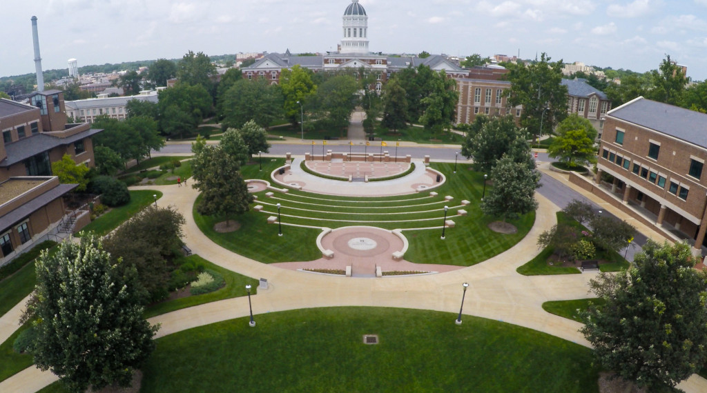 The overarching design goal for Traditions Plaza was to meld into the formal quadrangle that anchors the layout of campus. Occupying this north end of the quad, Traditions Plaza fits into the adjacent landscape character seamlessly.